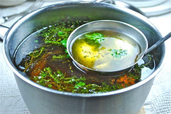 Sopa de farigola (tomillo)
